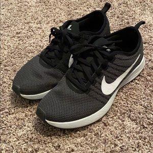 Nike dualtone racer tennis shoes